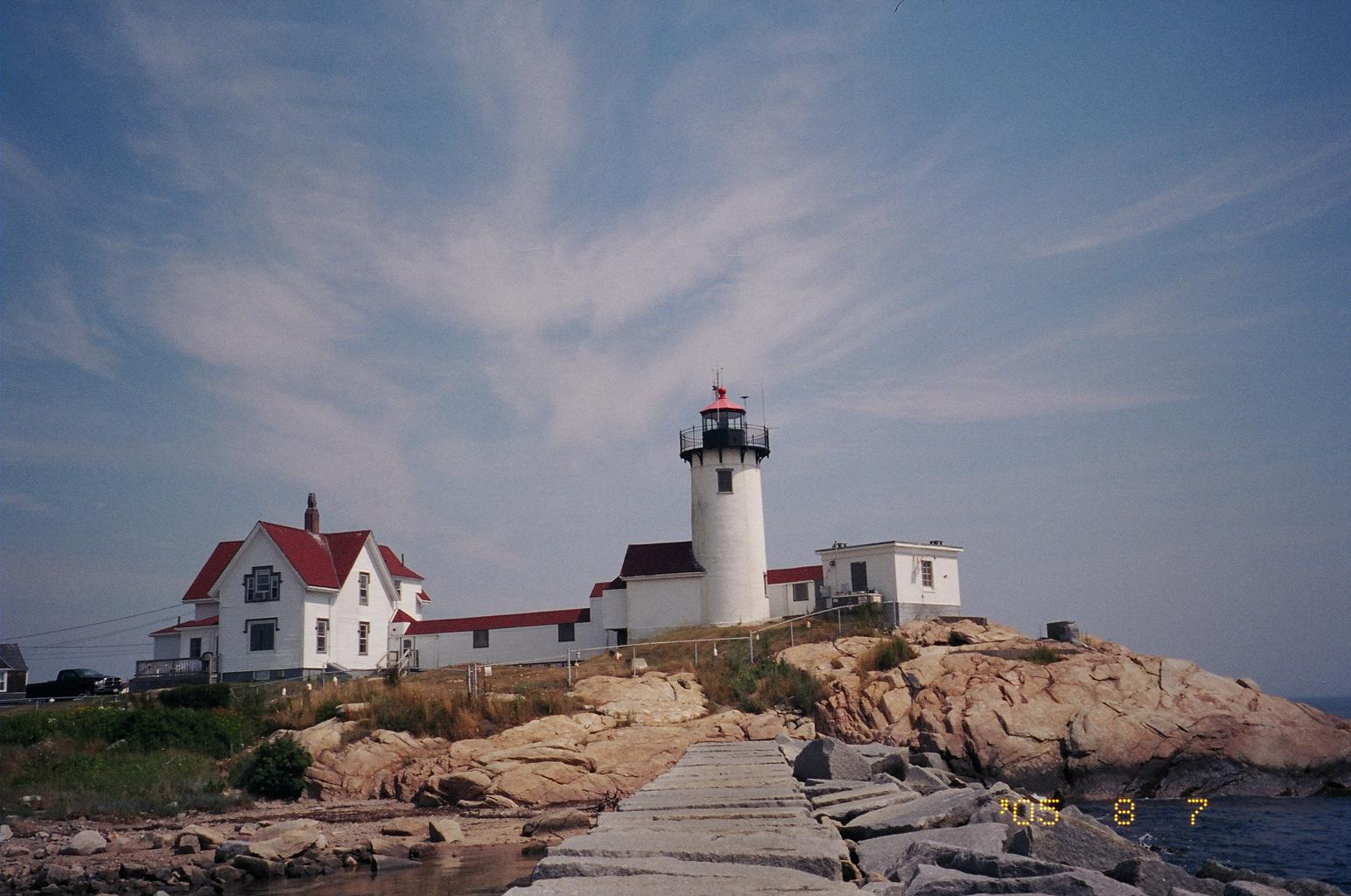 d972eb7c-3b9b-4795-85cf-69c270ffef6c18 06 11 Lighthouse pic home page